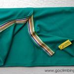 Памучен шал Go Climbing, модел Fata - тъмно зелен