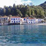 Kiparissi, the beach